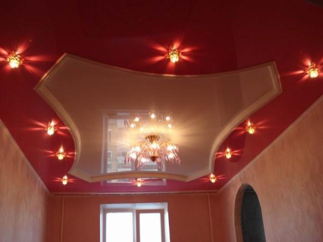 Ремонт потолка.